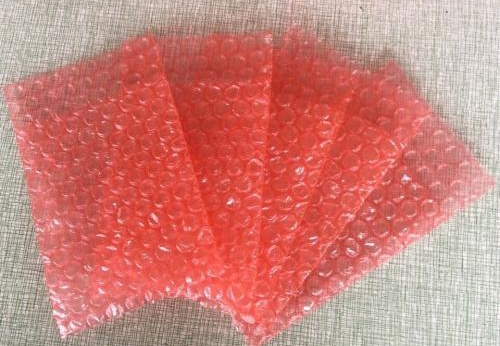 红色防尘气泡袋